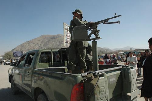 アフガン国軍のピックアップ型トラック。