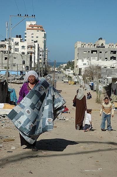 ガザ市内の爆撃されていないエリア(筆者撮影)