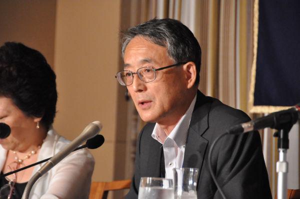 田中委員長は事態を抑制気味に説明した。立場上やむをえないのかもしれない。... 田中委員長は事態