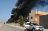 イスラエル軍に爆撃され炎上する発電所。=29日、ヌーサイラート市 写真:筆者=