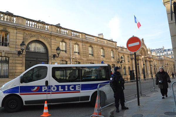 エリゼ宮=フランス大統領府。次なる主は誰になるのだろうか。=14日、パリ 撮影:筆者=