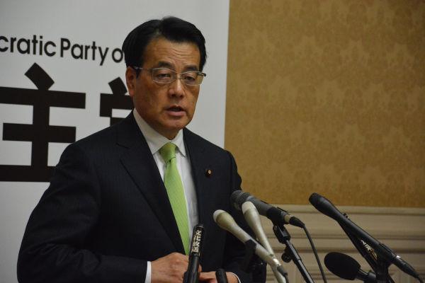 岡田新党は安倍政権の暴走にストップをかける道筋を示すことができるのだろうか?=26日、衆院第16控室 撮影:筆者=