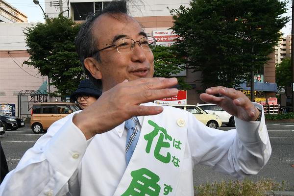 """「花角さんが局長時、ゴミは少なかったですよね?」と田中が質問すると、花角氏は「我々(大阪航空局長)の時代には何も問題はなかった」。確かに氏の言う通りだ。だが森友問題の萌芽は後に大きく""""花開く""""ことになった。=2日、新潟市内 撮影:村上理央="""