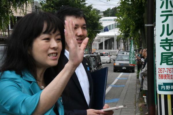 杉田水脈議員。拉致問題の解決を訴えネトウヨの琴線に触れた。=9日、新潟市内 撮影:筆者=